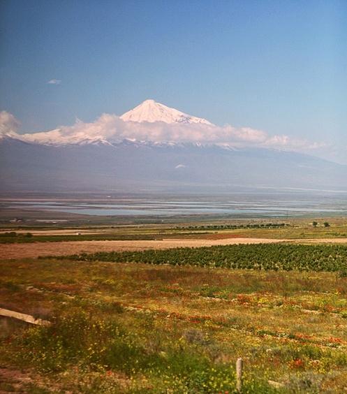 在路上,陌生人给的食物,你吃不吃?(亚美尼亚连载1) - 老鼠皇帝首席村妇 - 心底有路,大爱无疆