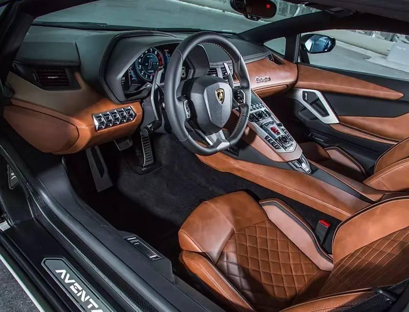 初尝大牛进化版:兰博基尼 Aventador S 赛道体验 视频_凤凰彩票