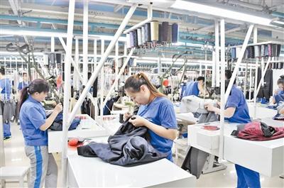 歌尔电子厂车间照片-为传统工业升级提供解决方案 图