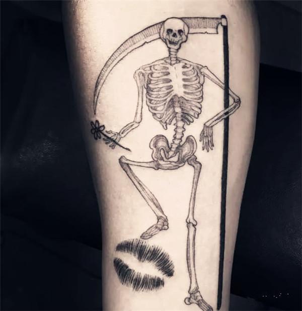 纹身风格 但是scott只专修一种 并且将其发挥到极致 他的ins作品80%都