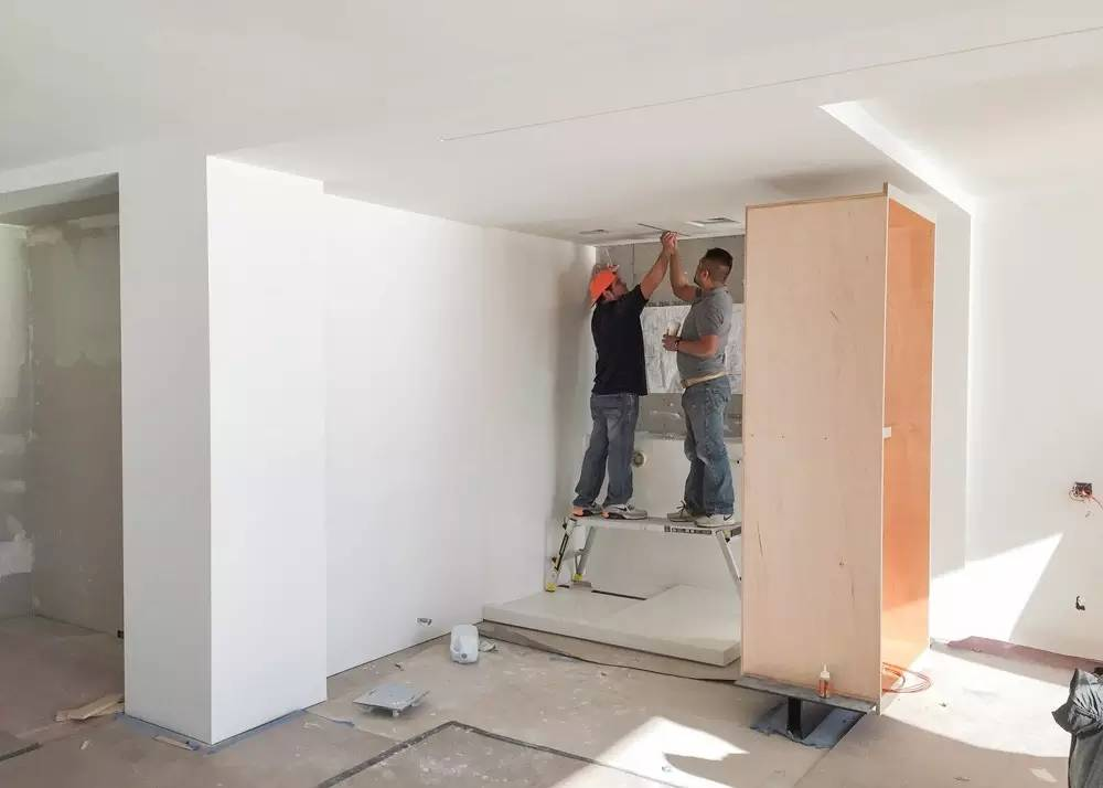 时尚 正文  让平面布局让空间显得更宽敞 ▽立面图 拆除了原有的房间
