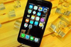 Apple iPhone 7 Plus亮屏与解屏 只需1秒即可