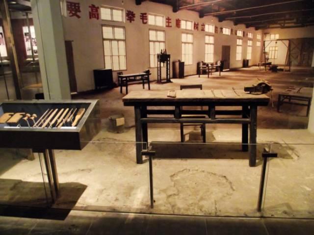 邓小平故里的主要景点有邓小平故居,洗砚池,翰林院子,蚕房院子,北山图片