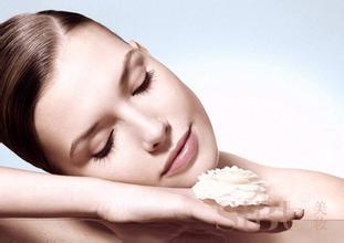预防和医治激素皮炎,得后该如何选择护肤品呢?
