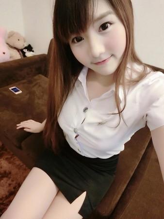 搜狐美女街边-美女平台打架脱衣服扯公众每日更新胸罩图片