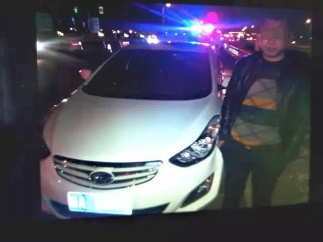 同一条高速上一年两次无证驾驶被查,这一次,他面对交警竟然……