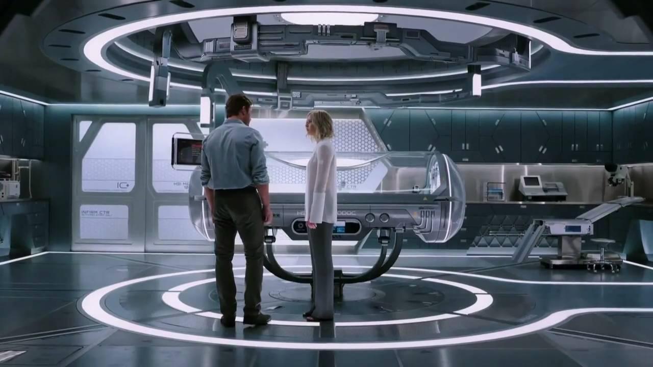 太空飞船的科幻电影_太空飞船沉睡30年醒来,孤男寡女,你会怎么办?