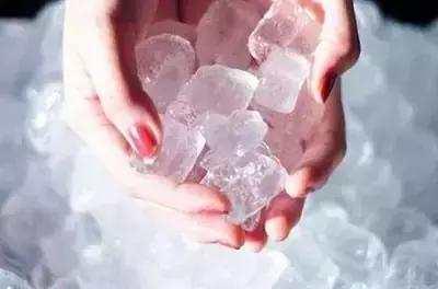 冰敷消肿的原理_如何正确的冰敷 冰敷消肿的原理