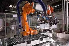 新技术 宝马研发固态电池技术 或于2026年量产