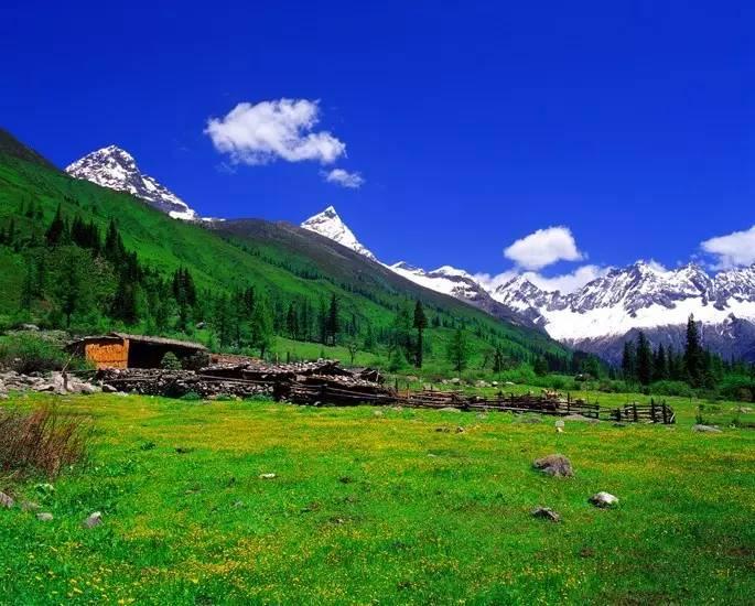 成都至阿坝州重点旅游线路跟团游参考价正式发