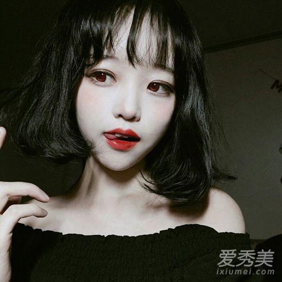 齐刘bob发型,发尾分层用卷发棒烫个c字弯,营造蓬松感,大饼脸也能显瘦.图片