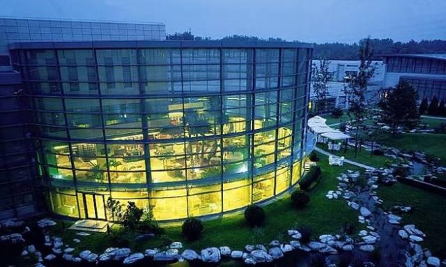 这个园林温泉酒店被森林环绕私享Club-E儿童俱乐部一价全包