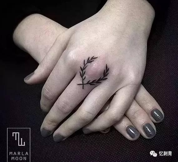 够特别,才纹身.