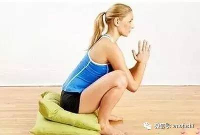 瑜伽 ---深蹲式 - 阳光蓝雁 - 蓝雁飞翔