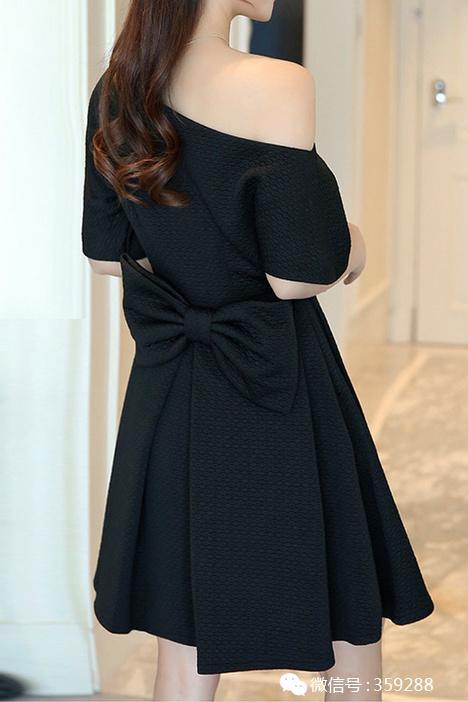 斜肩一字领连衣裙露肩蝴蝶结短款黑色会晚宴礼服小黑裙图片