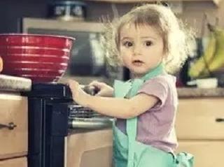 """让""""做家务""""成为孩子心中的责任"""