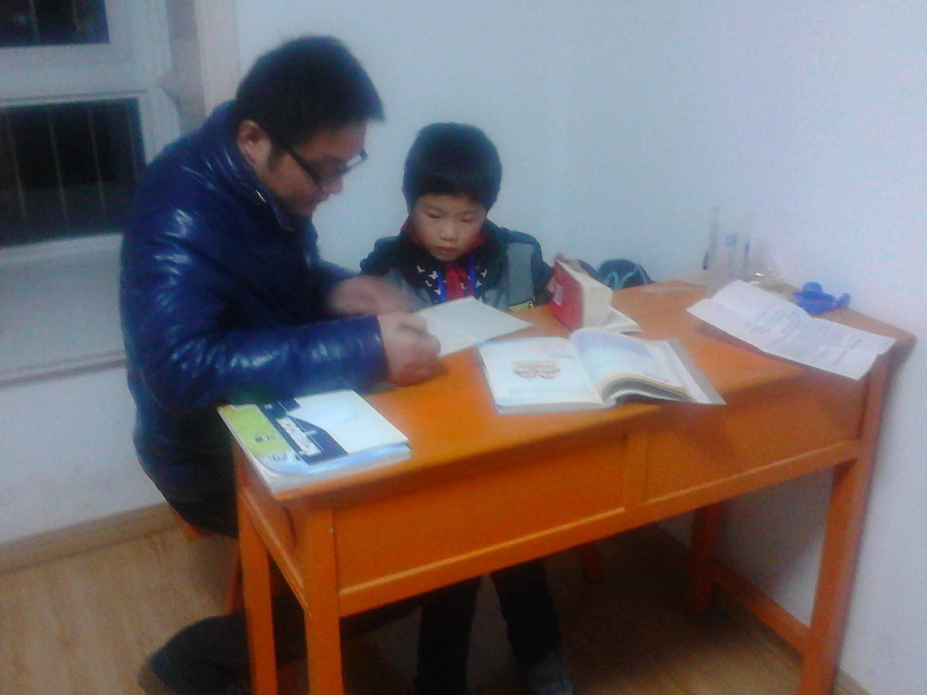 书桌的摆放居然会影响孩子的学习?