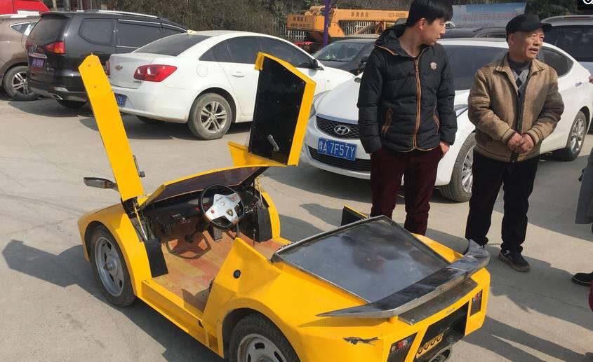 """小学文化的郑州大爷,3年造4辆""""兰博基尼"""",给孙儿玩"""