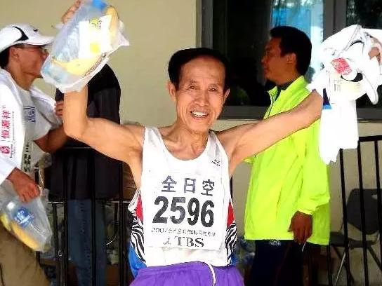 80岁的马拉松跑者,你还有什么理由不跑步