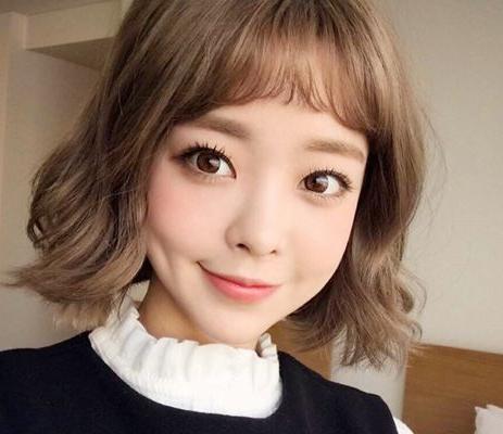 2017流行发型女短卷发:10款流行短卷发减龄更时尚