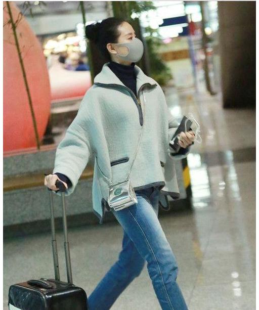 2017机场街拍舒畅胜刘诗诗一筹?你认为呢