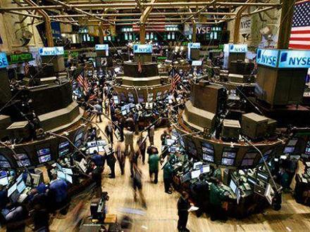 美国国债收益率下跌,黄金期货结算价上涨1.5%
