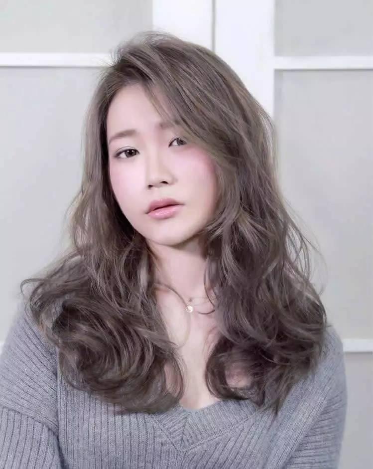 莎莎搬出自己的十年御用发型师教你如何用发型衬托脸型!图片