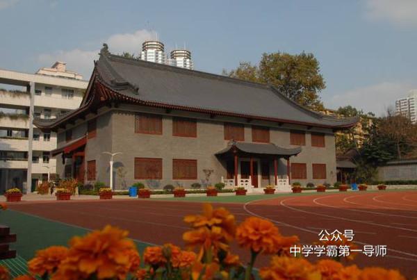 南京最强5高中,南外北大清华24人,重本率100%军训民办高中不图片