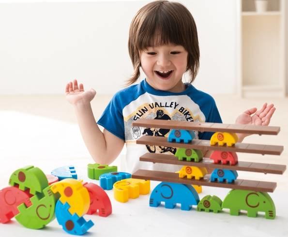 积木|积木的花式二胡,物尽其用玩具更开心!宝宝摆玩法图片
