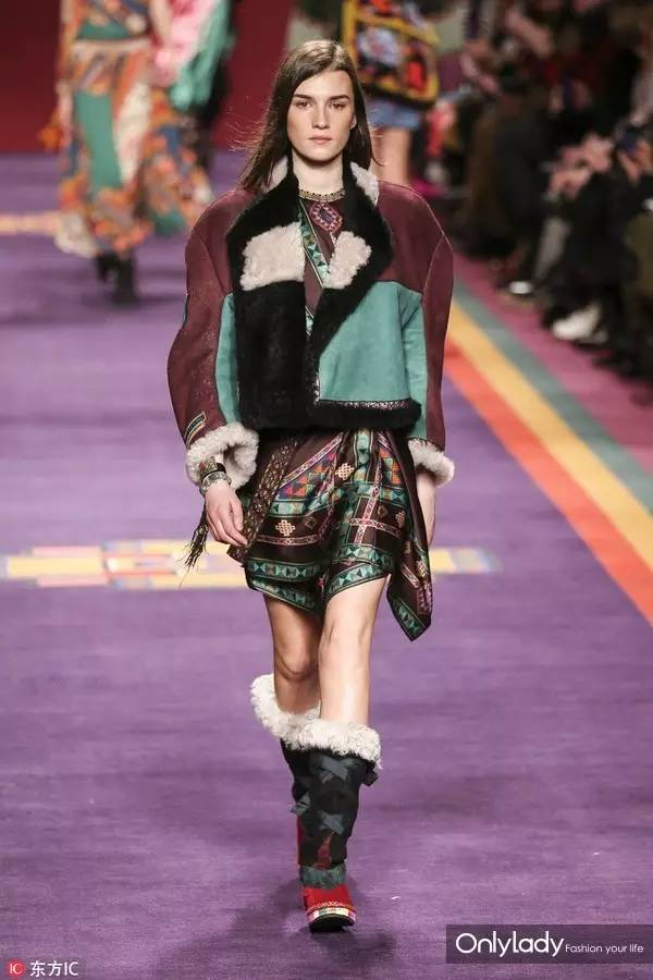 米兰时装周 | etro从非洲带来的民族风印花有多美 让秦岚如此赞不绝口图片