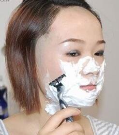 汗毛小胡子女生重表现?去掉刮了或女人长你睡偏方想的据说图片