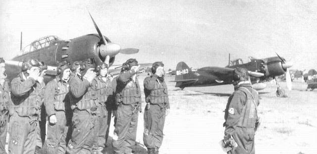 日本二战后gdp_二战日本图片
