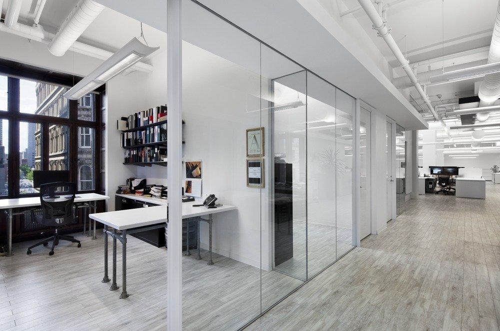 银行的单位位于一楼,现用于图书室.v银行平面:lingqisj.学软件广告设计需要哪些学金库有哪些图片