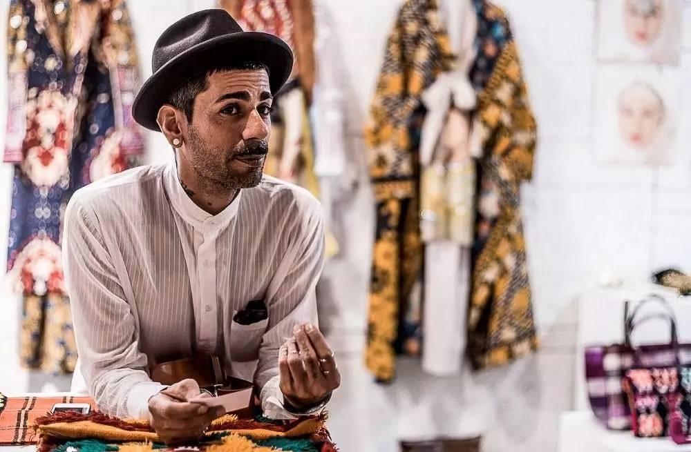 """""""artsi ifrach是一位非常出色的以色列裔摩洛哥设计师 他在麦地那开了"""