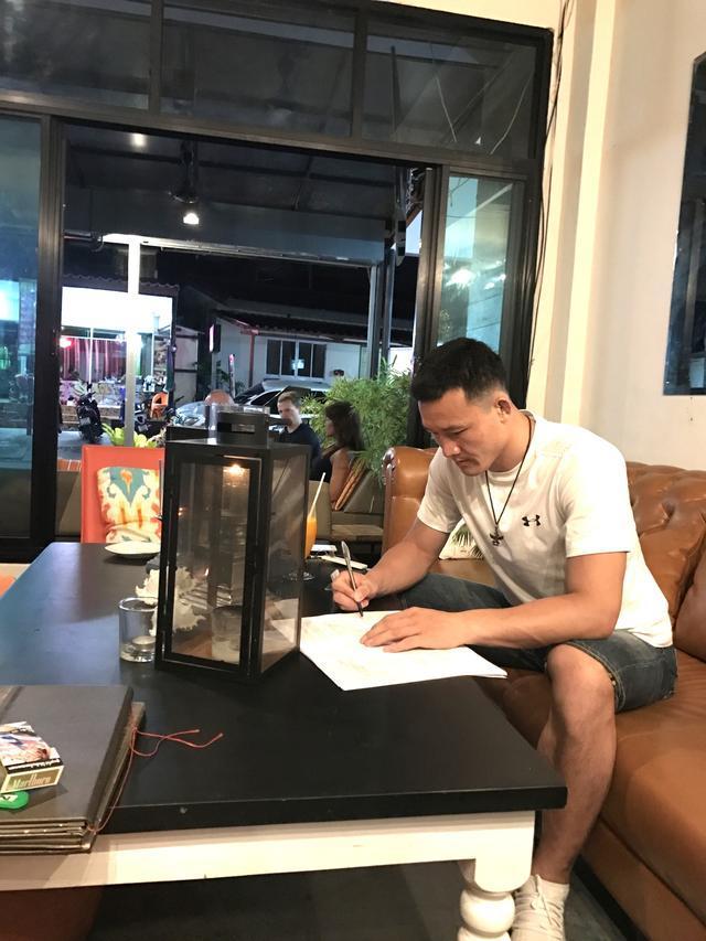 独家专访ufc刚刚签约的中国mma超级巨星