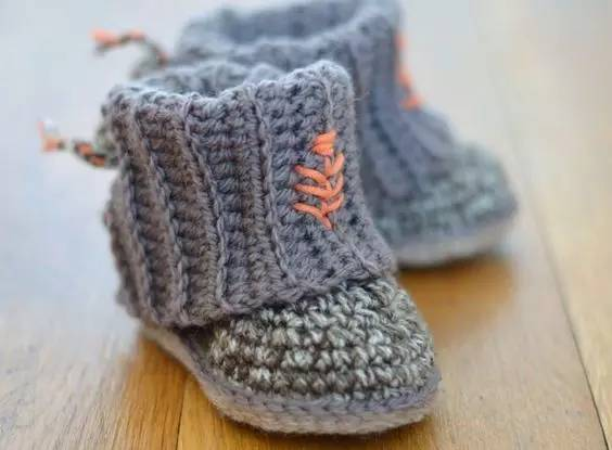 用一双亲手编织的宝宝鞋来传达对宝宝的爱吧 下面这些可爱到爆炸的