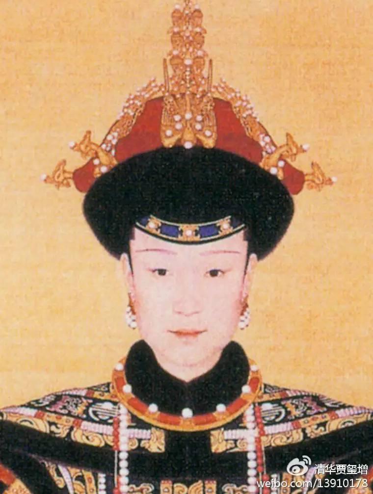 戴东珠葫芦耳环的清代皇后画像图片