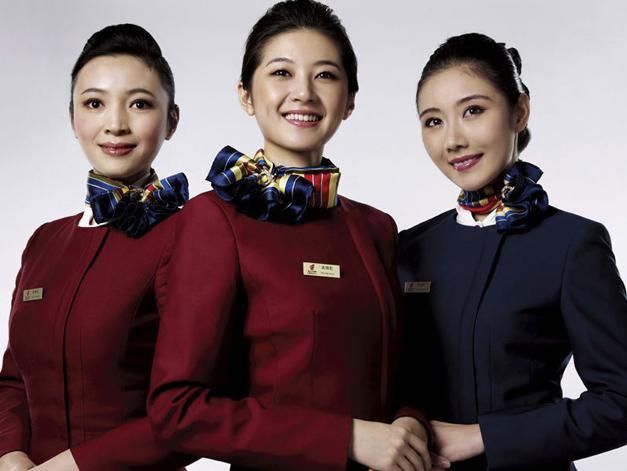 空姐这个职业本就很吸引人,以高薪,空乘人性化待遇闻名内航业的国航会