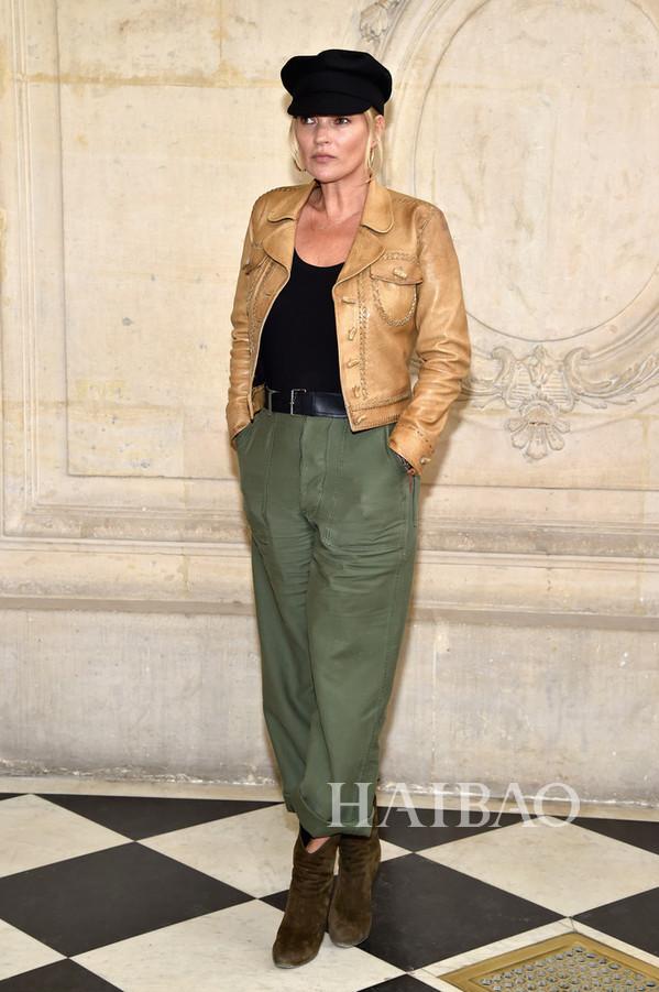 现身2017秋冬巴黎时装周迪奥 (Dior) 秀场-Dior告诉我们2017仙