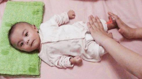 婴儿肌张力高-教你在家就能简单判断肌张力的高低