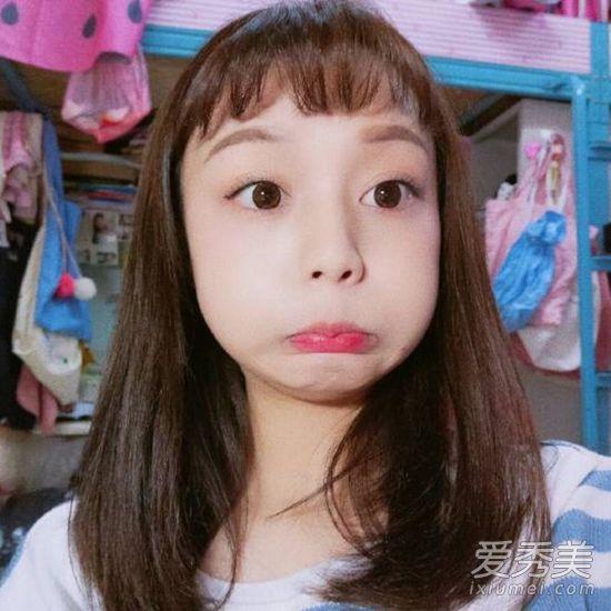蓬松刘海+中长发萝莉感十足,很减龄的一款发型图片