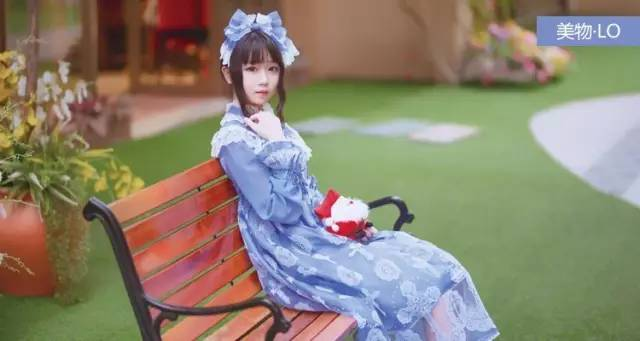种草关键词:lolita洋装,春日,封面@浪里小肥轩图片