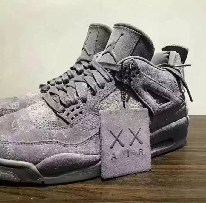2017 Air Jordan 4 Retro KAWS x SZ 11.5 Cool Grey Suede White Glow SHIP TODAY