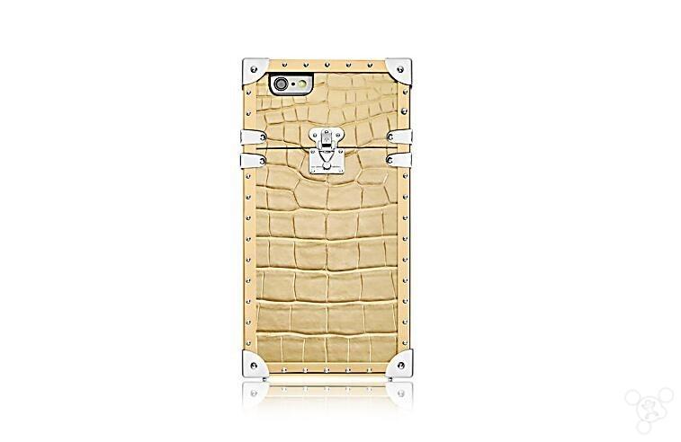 LV四款iPhone 7保护套上市:最低 9050元!