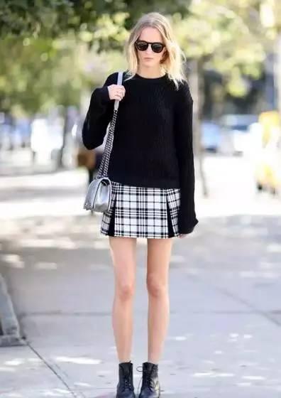 黑色毛衣搭配裙子女生图片图片