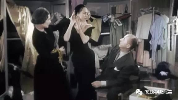 真丝丝巾的十种围法女人一定要学!
