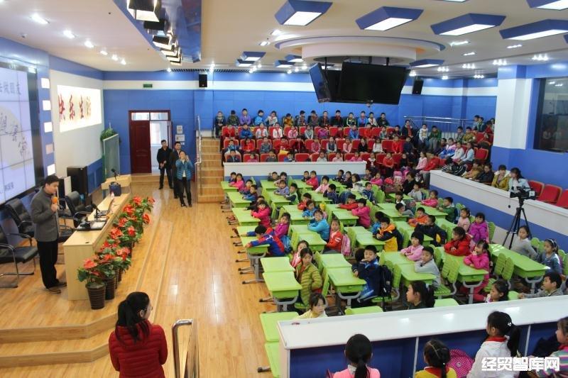 著名青年书法家韩国强老师走进受邀海淀锦苑小学小学东营市培英图片