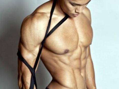 胸肌锻炼方法,超级组做一点,每周胸肌大一点!