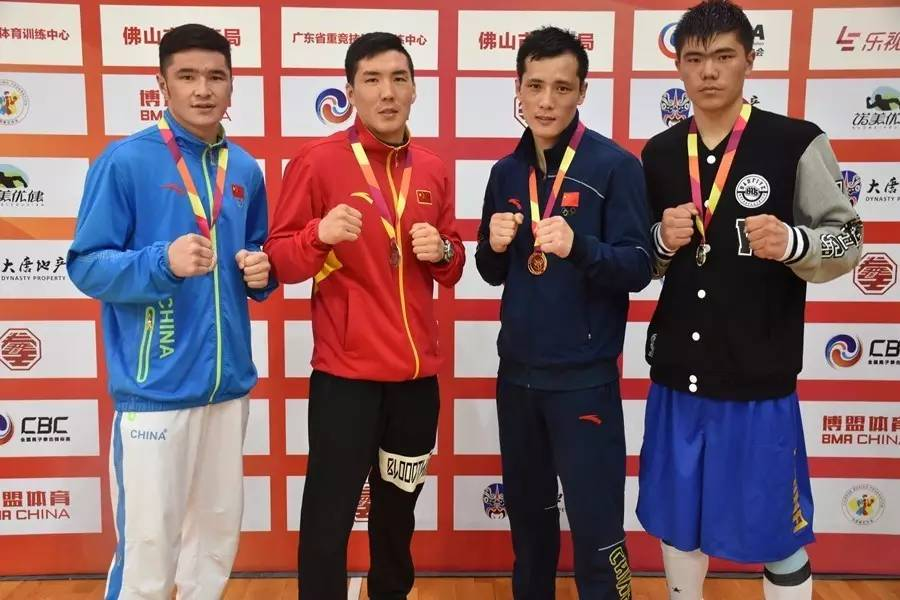 皇冠现金:2017全国男子拳击锦标赛各级别冠军出炉!