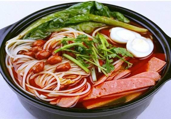 重庆特色 鸡汤砂锅米线的秘制配方及制作技术